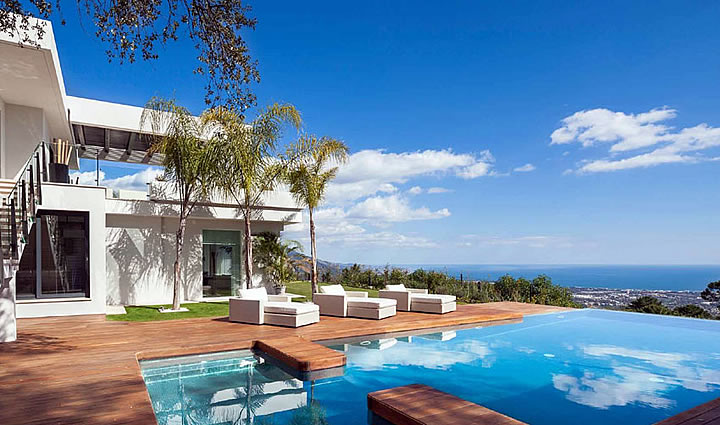 Modern Villa for sale in La Zagaleta, Marbella