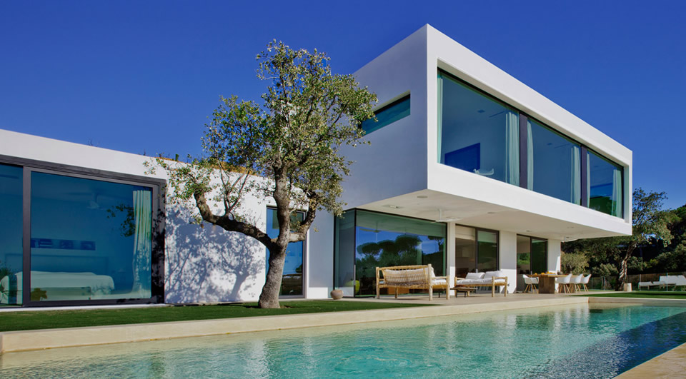 Modern design homes for sale luxury real estate for Villa moderne design