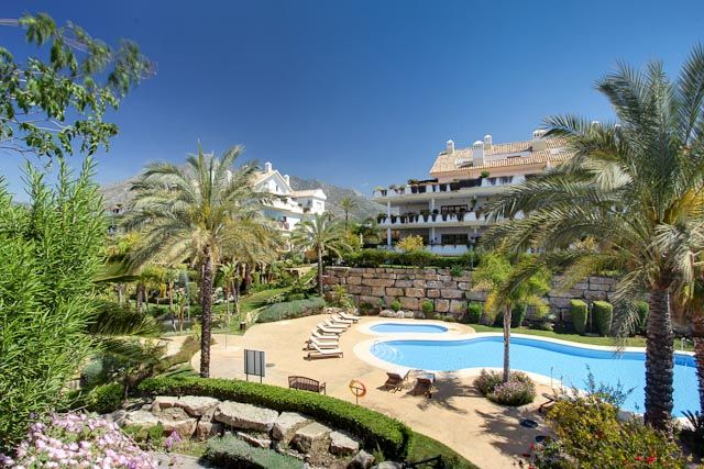 34215-Modern-Apartment-in-Golden-Mile-Marbella-Spain