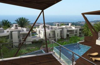 Contemporary Apartment for sale in Sierra Blanca, Marbella